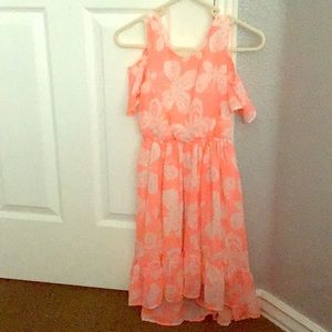 I'm selling a dress with no cover up on shoulders.